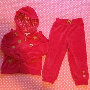 Juicy Couture sweatsuit (24 months)